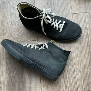GLOBE Los Angered High Top Skate Shoes